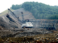 A dragline at Hobet Mine. Photo by Vivian Stockman