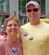 DNC attendees sporting iLoveMountains buttons