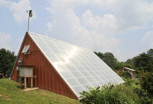 """When the solar greenhouse is too hot or too cold during winters, fans cycle the air into the underground """"sink,"""" where condensation and plant respiration combine to change the air's temperature and moisture levels, allowing the air to resurface as a better growing climate."""