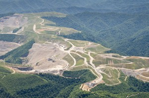 The editorial board of The Washington Post understands that mountaintop removal is still happening, and that the consequences are devastating. Photo by Lynn Willis, courtesy of SouthWings.