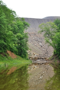 Valley fill and pond at a Frasure Creek Mining MTR site.
