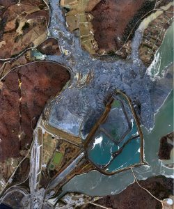 The 2008 Kingston spill was the worst coal ash disaster in United States history. Photo courtesy of Wikimedia Commons