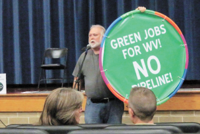 An opponent of the Atlantic Coast Pipeline at a public hearing in W. Va.